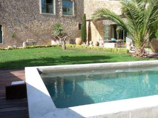 Nezignan l'Eveque, holiday villa in France with private pool sleeps 6 (Ref: 626) - Nezignan l'Eveque vacation rentals