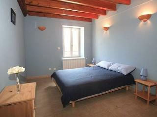 Syrah, 3 bed vacation apartment rental Provence with pool (sleeps 6) (Ref: 15) - Canaules-et-Argentieres vacation rentals