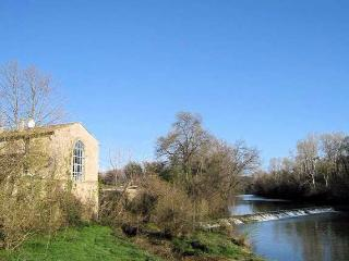 Sommieres holiday gites in France with pool (sleeps 7-9) (Ref: 682) - Salinelles vacation rentals