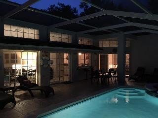The Private Retreat - Offering total privacy. Includes free Pool Heat and WiFi - Four Corners vacation rentals