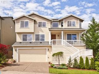 Home Away from Home Studio - Tigard vacation rentals