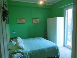 Ai Cinque Campanili - camera VERDE - Finale Ligure vacation rentals