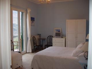 Ai Cinque Campanili - camera BLU - Finale Ligure vacation rentals