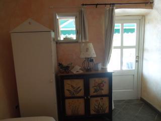 Ai Cinque Campanili - suite ROSA - Finale Ligure vacation rentals