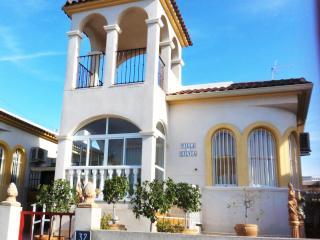 Family Friendly Spacious 3 Bed Detached Villa - Benijofar vacation rentals