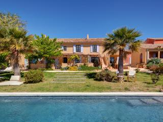 Bright 5 bedroom Saint Cyr sur mer Guest house with Internet Access - Saint Cyr sur mer vacation rentals