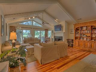 Great Vacation Home on Canal in Palmetto Dunes with Golf Views & Private Pool - Hilton Head vacation rentals