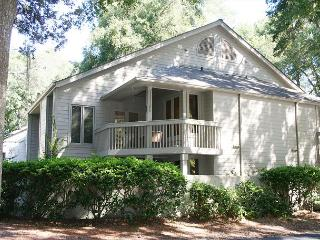 1 Bedroom Townhouse plus Loft in Palmetto Dunes easy Bike Ride to The Beach! - Hilton Head vacation rentals