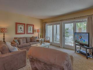 2 Bedroom Oceanside Villa with Oceanfront Pool, Baby Pool & Poolside Spa - Hilton Head vacation rentals