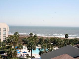 Fabulous Ocean Views from this 2 Bedroom Villa in Shorewood - Hilton Head vacation rentals