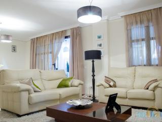 Privelegio de Marbella 2 bedroom Ground Floor - Puerto José Banús vacation rentals