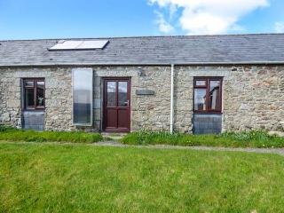 RAVENS CROFT, all ground floor, electric fire, open plan, shared garden, Lanivet, Ref 936830 - Lanivet vacation rentals