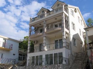 Comfortable Studio with Water Views and Long Term Rentals Allowed (over 1 Month) - Donja Lastva vacation rentals
