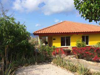 Villa El Pueblo - Coral Estate - Willibrordus vacation rentals