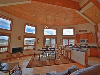 Nice House with Deck and Internet Access - Granby vacation rentals