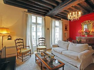 Large One bedroom for rent, Ile Saint Louis, 4th - Paris vacation rentals