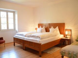 im garten 9 - House with charm in South Tyrol - Gargazzone vacation rentals
