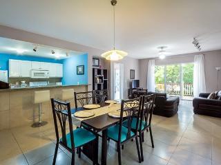 Casa Florent (C402) - Fabulous Amenity Filled Condo - Cozumel vacation rentals