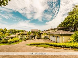 Casa Armadillo - Luxury home in Peninsula Papagayo - Playa Panama vacation rentals