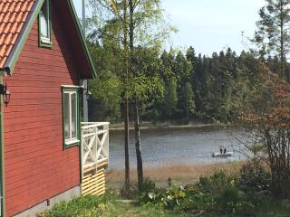 Ocean view cottage. 95 meters to the sea. - Norrtalje vacation rentals
