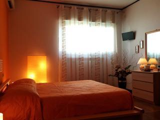 Phalanthos B&B - Camera Archytas - Leporano vacation rentals