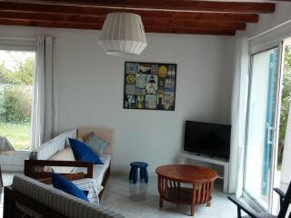 Brise des vignes charmante petite maison au calme - Saint-Pierre d'Oleron vacation rentals