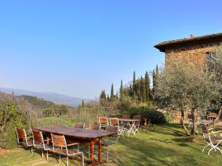 Stunning villa in in Chianti with pool, Mughetti - Figline Valdarno vacation rentals