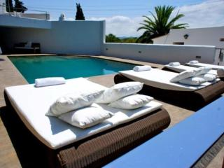 6 bedroom House with Private Outdoor Pool in San Agustin - San Agustin vacation rentals