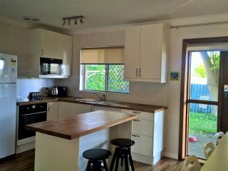 Gorgeous 2 bedroom Vacation Rental in Safety Bay - Safety Bay vacation rentals