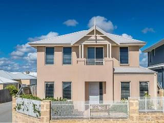 Beautiful 3 bedroom House in Yanchep - Yanchep vacation rentals