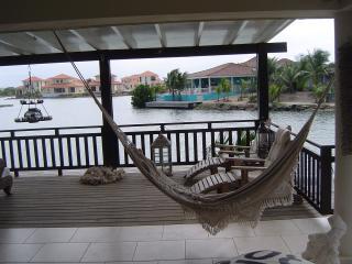 Sunny 3 bedroom Villa in Kralendijk - Kralendijk vacation rentals