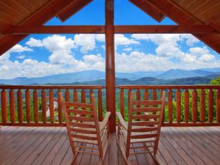 Large 8BR/6BA Luxury Log Cabin, Stunning Views, Pool, Games, Jacuzzi, sleeps 24, - Sevierville vacation rentals