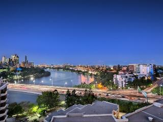 2 bedroom, Amazing Panoramic City, River Views - Brisbane vacation rentals