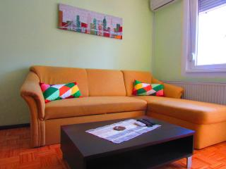 Apartment Yvonne - Split vacation rentals