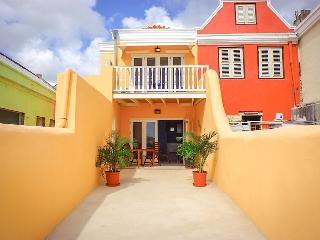 Oceanview Apartment located in the Caribbean Sea . - Willemstad vacation rentals
