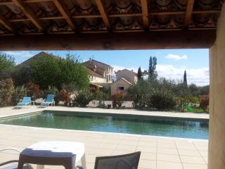 Nice Gite with Internet Access and A/C - Monteux vacation rentals