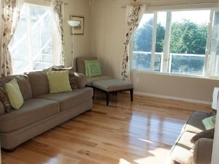 Nice 5 bedroom Tillamook House with Deck - Tillamook vacation rentals