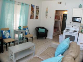 Nantucket Rainbow Cottages 18B - Destin vacation rentals