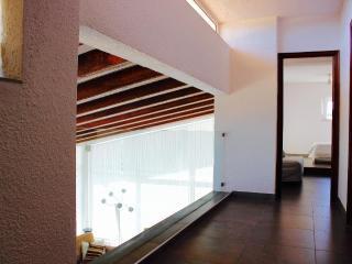 Bright 4 bedroom Villa in Calonge with Internet Access - Calonge vacation rentals