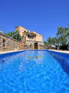 Villa for 8/10 people, private pool, wifi, Costitx - Costitx vacation rentals