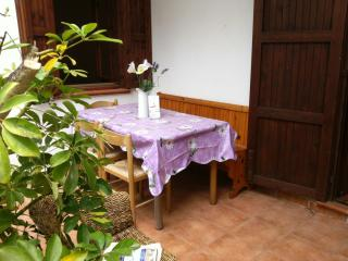 Nice 3 bedroom House in Stintino with Parking - Stintino vacation rentals
