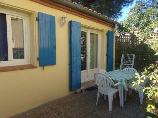 Nice House with Internet Access and A/C - Plage d'Argeles vacation rentals