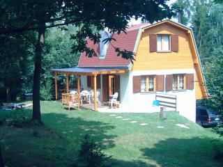Nice House with Deck and Internet Access - Znojmo vacation rentals