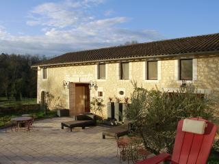 Le Terrier des Lapins| Gîte Dordogne Périgord vert - Vieux-Mareuil vacation rentals