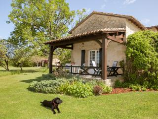 May Cottage at Domaine de Leygue. - Bourniquel vacation rentals