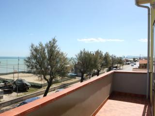 Appartamento con balcone sul mare - Marzocca vacation rentals