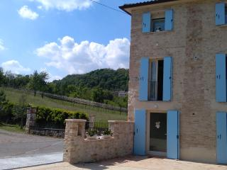 Nice Studio with Television and Microwave - Castelcucco vacation rentals