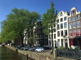 4 bedroom Apartment with Internet Access in Amsterdam - Amsterdam vacation rentals