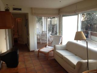 2 bedroom Condo with A/C in Es Pujols - Es Pujols vacation rentals