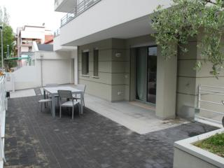 Appartamento Nuovo 50 metri dal mare - Viserba vacation rentals